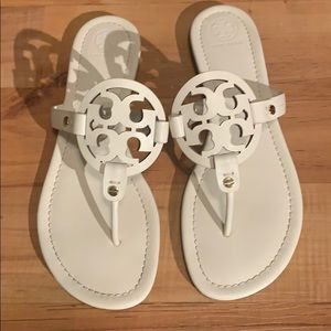 Tory Burch Miller Leather Thong Sandal White S 10